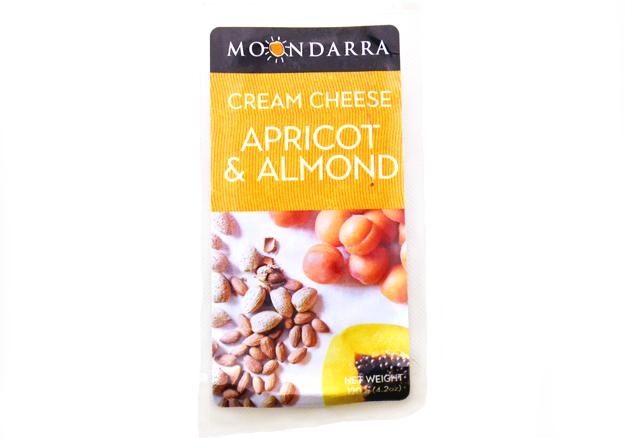 クリームチーズ アプリコット&アーモンド