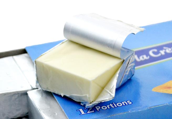 プレジデント ホワイトクリーム12P2