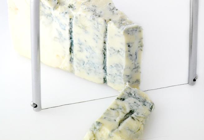 ブルーチーズも綺麗にカット